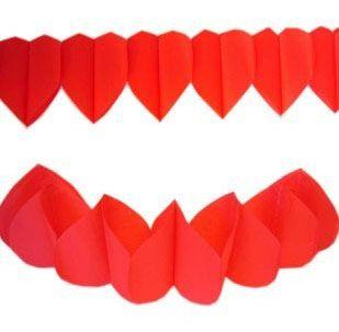 Guirlande van rode hartjes 36m